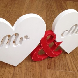 Mr & Mrs Wooden Hearts